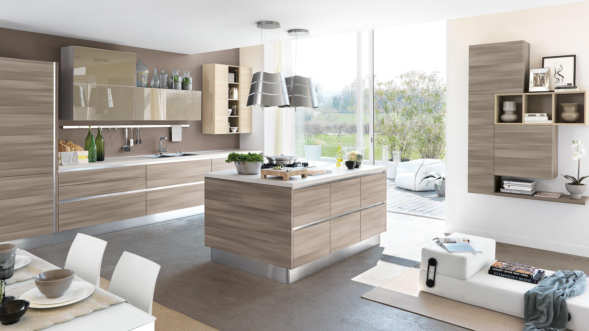 Lube essenza arredalcasa for Arredamenti moderni cucine