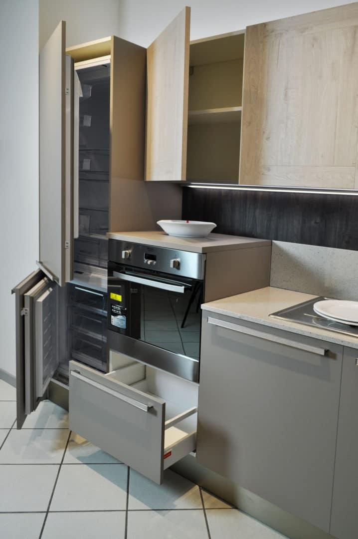 Veneta Cucine Angolare Con Elettrodomestici Hotpoint