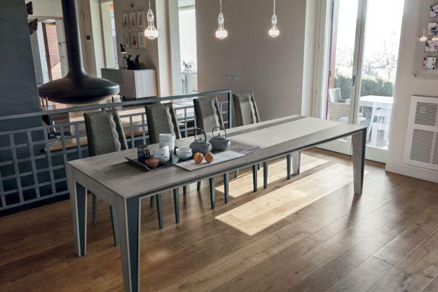 Cataloghi e foto di tavoli sedie e complementi d 39 arredo for Target tavoli